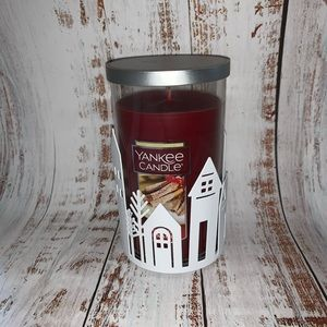 Yankee candle holder